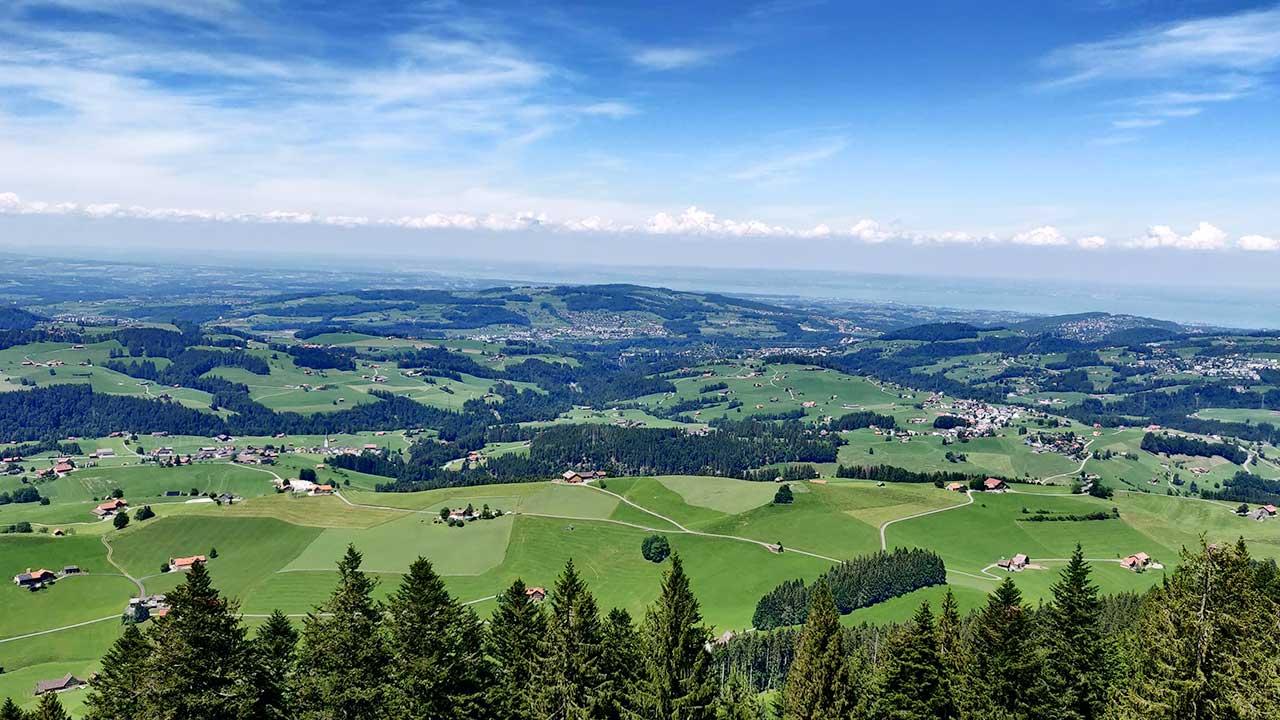 Hügel des Appenzellerlandes aus der Vogelperspektive