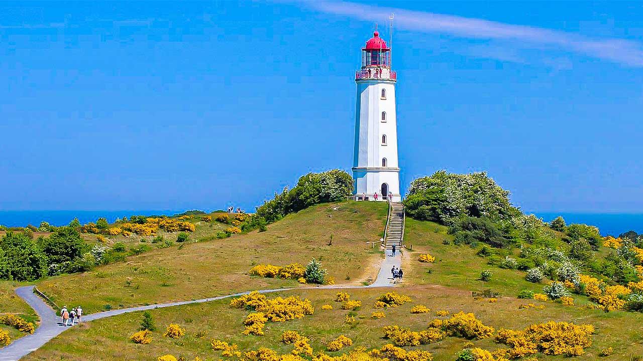 Leuchtturm Dornbusch auf Hiddensee in der Ostsee
