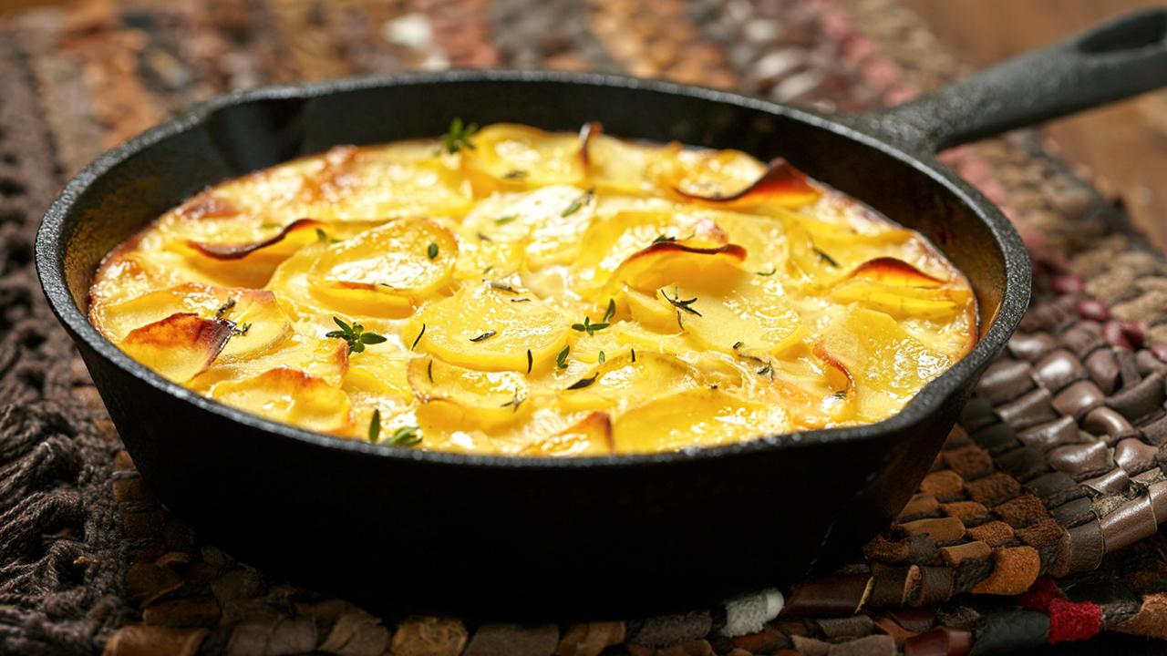 Kartoffelgratin in der Pfanne